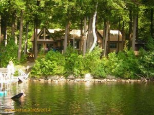 Lakehouse of Your Dreams on Pocasset Lake, Wayne, Maine