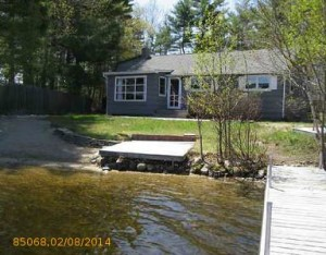 Quiet Lakefront House, Single-Floor Living and Wild Blueberries on Little Sebago Lake, Gray, Maine