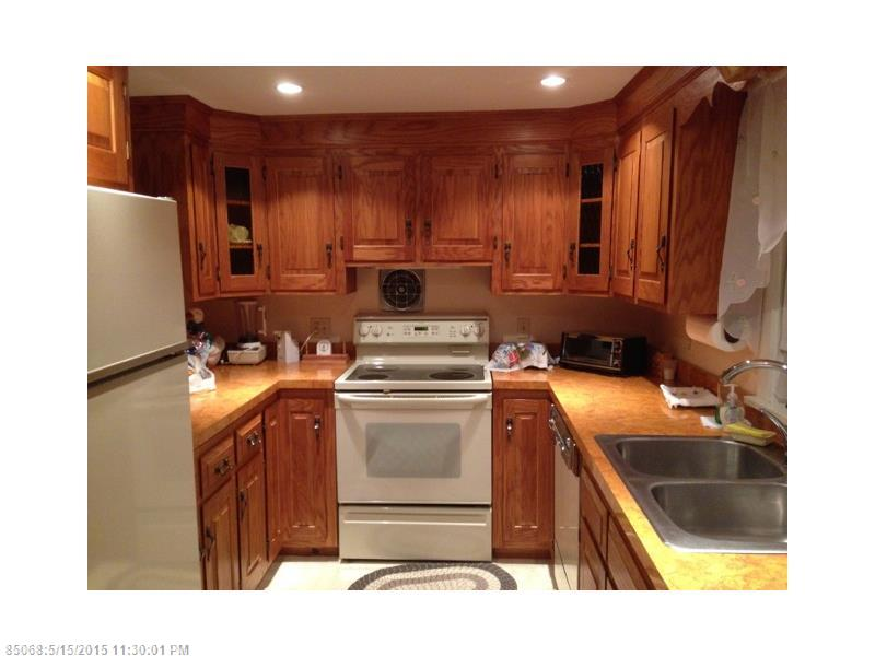 Mr. Lake FrontComfortable Two Bedroom Lakefront Home for ...